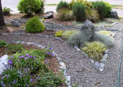 Landscaped gravel path